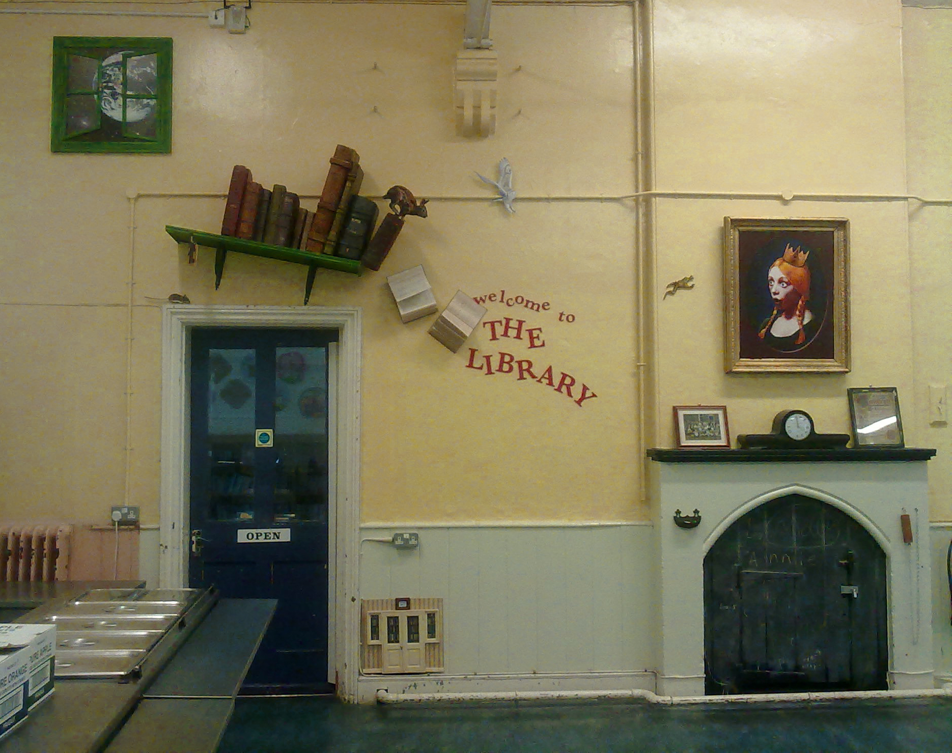 LIBRARY After